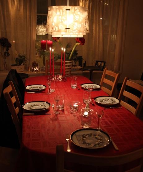 Table ready for Christmas dinner